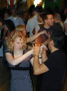Salsa in Hamburg in der Latin Dance Academy